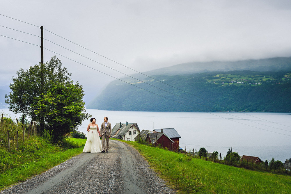 Bryllup på Yrineset i Oldedalen bryllupsfotograf sogn og fjordane-3.jpg