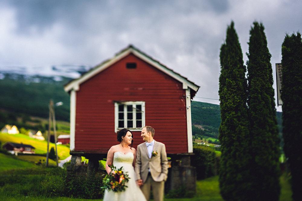 Bryllup på Yrineset i Oldedalen bryllupsfotograf sogn og fjordane-9.jpg