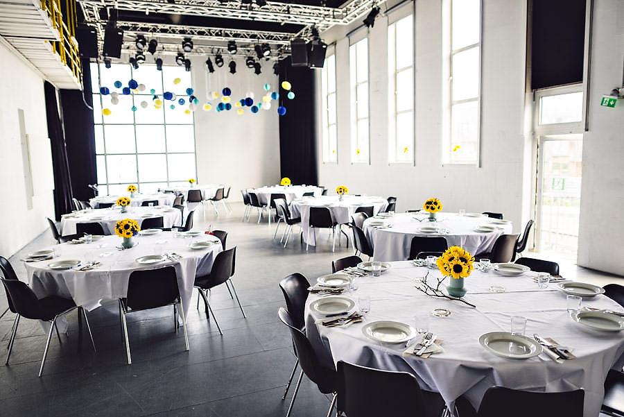 borddekning i bryllup på tou scene events stavanger