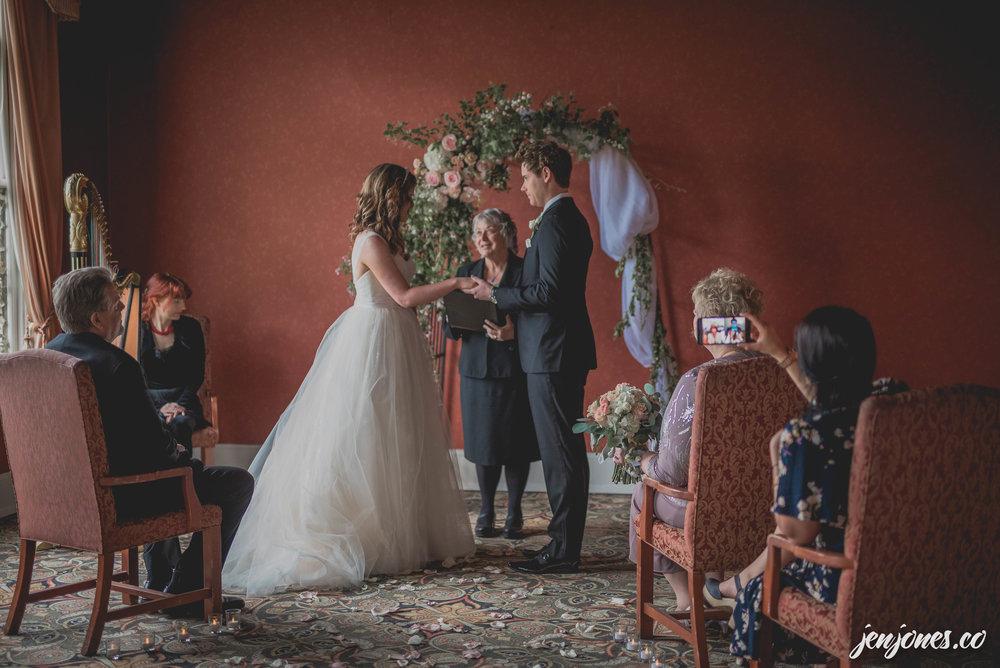 Amanda+Chris_Wedding_JJFoto2017-10.jpg