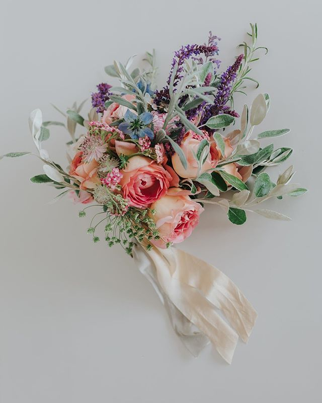 I tie my bouquets in the early hours before a wedding & most often run out of time to take a pic - luckily @kirstinprisk captured Emily's British Garden Flowers scented bouquet back in early June. #britishflowers #scentedflowers #bridalbouquet #cornishwedding #grownnotflown #gardenflowers #summerwedding