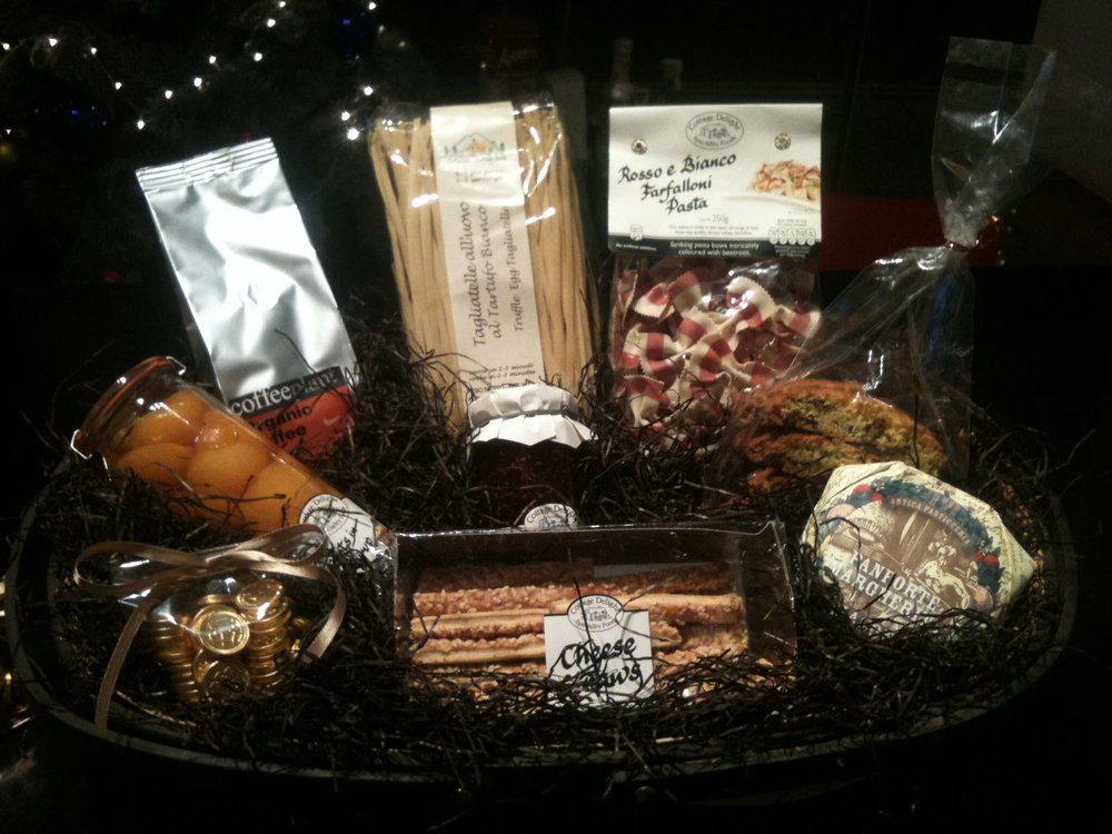 We make Christmas hampers to your specification