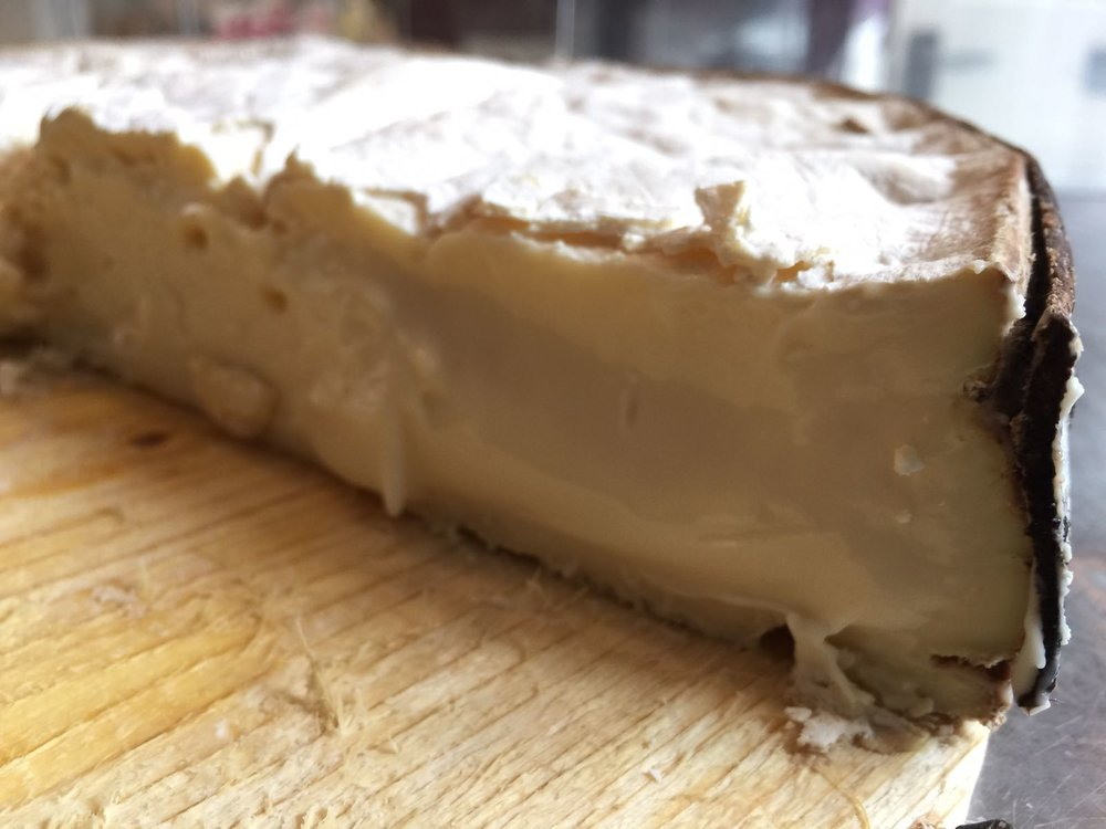 A great opportunity to try out cheeses for Christmas and put in your orders