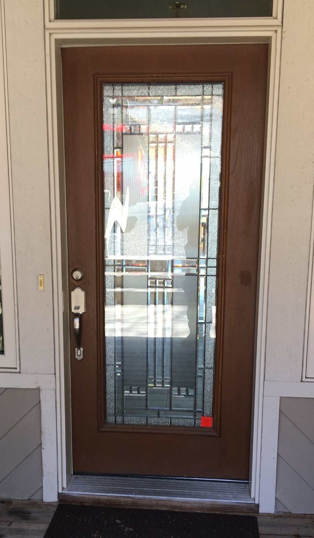 A Small Reflective Sticker Can Be Is Placed On The Lower Part Of The Front  Door
