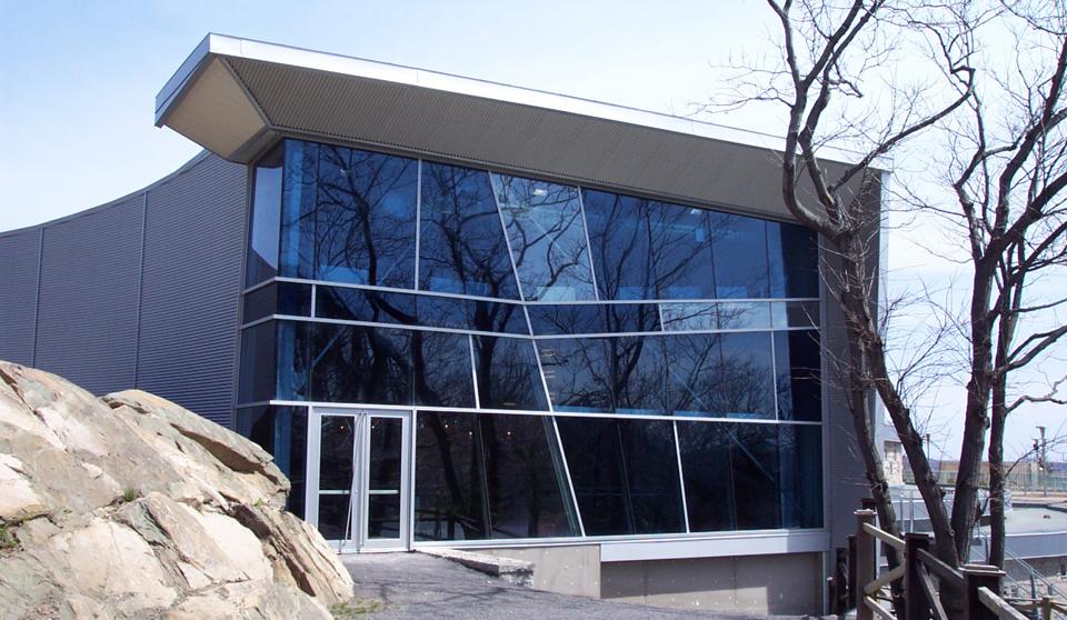 Aquarium de Québec  Année : 2002    Budget: 24M$   Réalisé en consortium