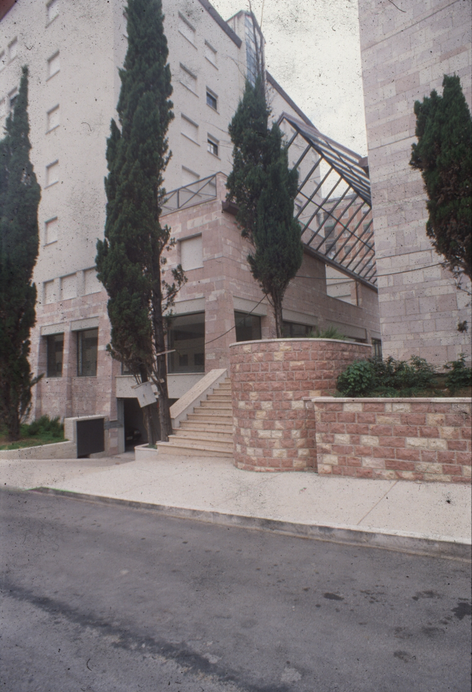 COMMERCIAL & RESIDENTIAL CENTER  Perugia, 1988