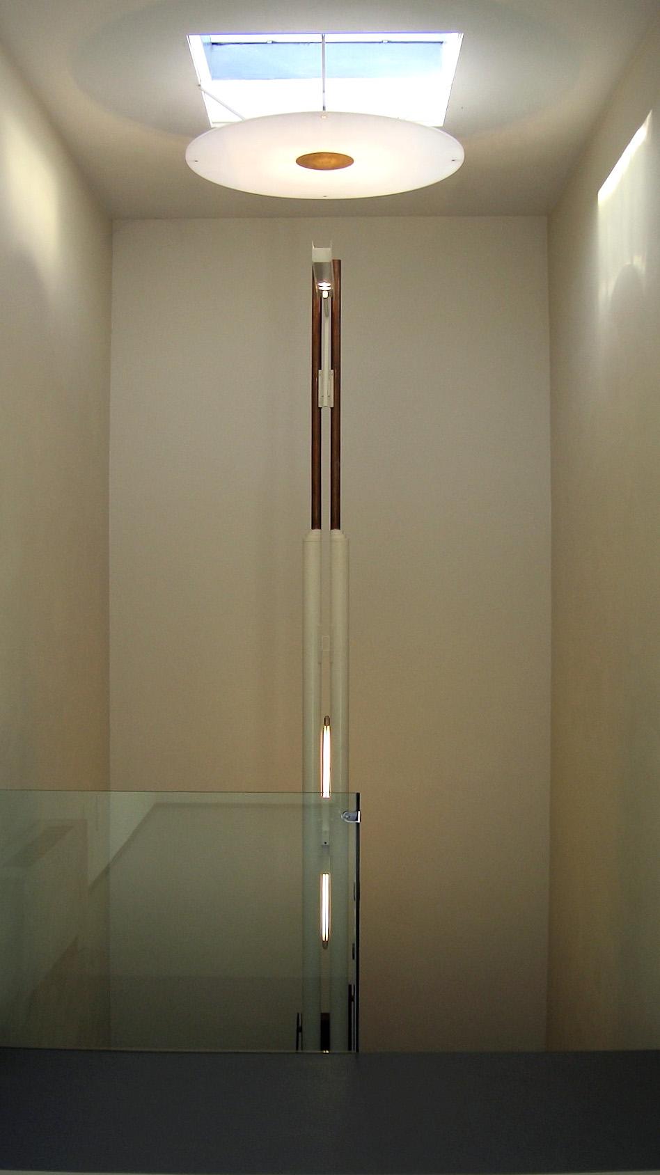 LAMP-FLO-02.jpg