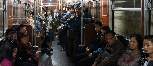 North_Korea_Pyongyang_Metro_Train_Interior_big.jpg