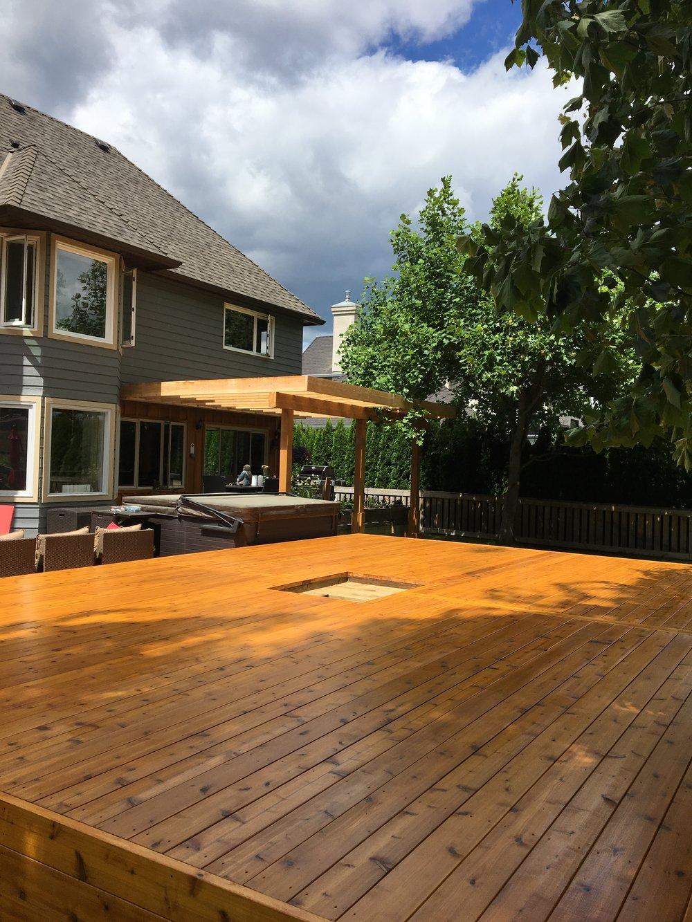 Okanagan Deck with Pergola