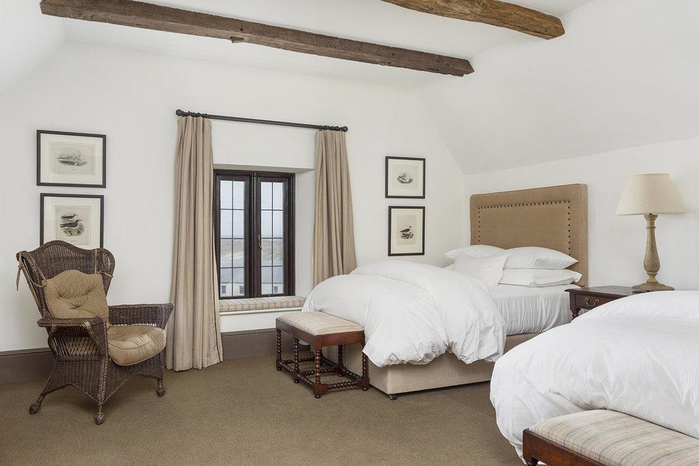 Bedroom small.jpg