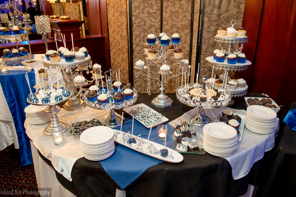 The royal wedding treat table
