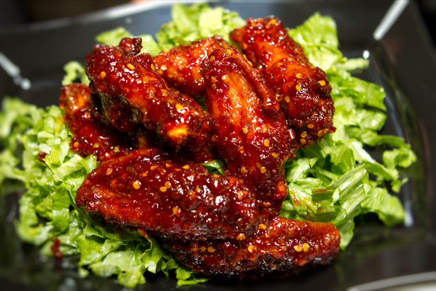 Super Wings NY succulent wings