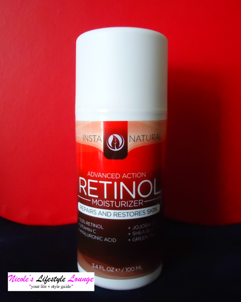 The #InstaNatural Retinol Moisturizer is the perfect day and night cream, formulated not only with retinol, but also Vitamin C, Green Tea, Shea Butter and Jojoba Oil.