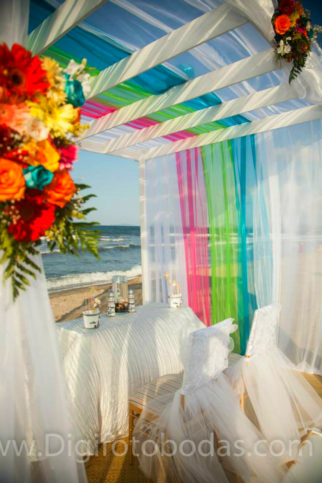 Be ye warned! Wehn planning a destination wedding you'll still need to entrust the wedding management into a professional's capable hands. #weddingplanner #wedding design #weddingplanning #destinationwedding