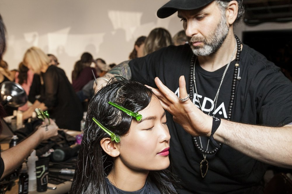 finger wave and clip in place. $hair #makeup #nyfw #nllblog #chiaraboni #livingaveda