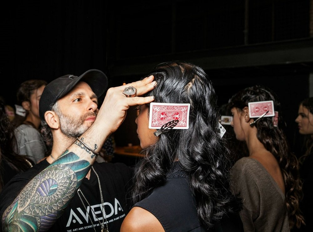 PRO TIP: Jon placed a playing card under each clip to avoid ridging on the #hair. #chiaraboni #nllblog #aveda #livingaveda #NYFW