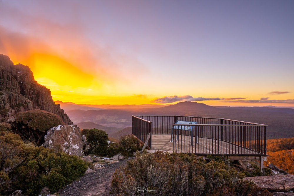 Jacobs Ladder lookout at the Ben Lomond National Park (Image by Tim Whybrow) www.instagram.com/timwhybrow_
