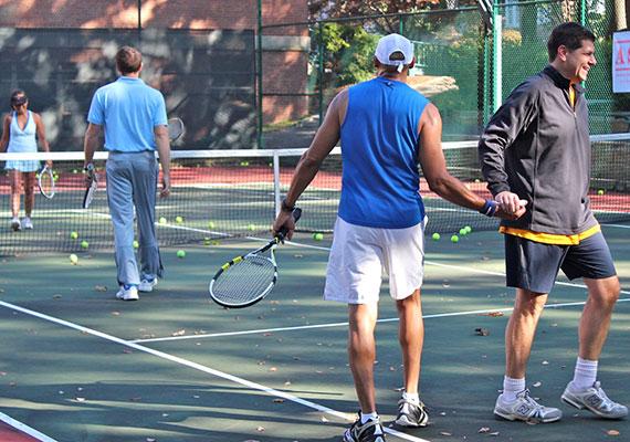 Friends & Tennis -