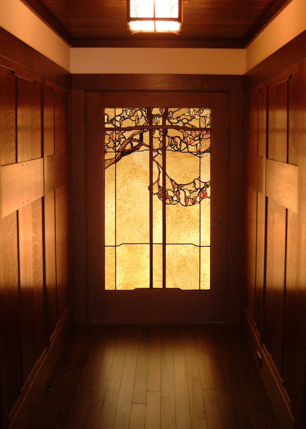 mag_door_3.jpg