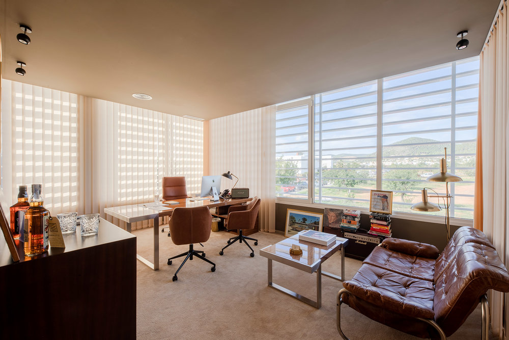 OFICINAS CONCEPT HOTEL GROUP IBIZA  Diseño: Ilmio design | Superficie: 250 m2 | Situación:  Ibiza  | Año:  2018  | Fotografia:  Salva Carbó