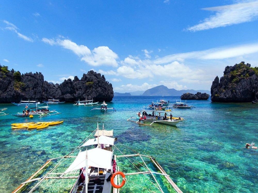 Float-Philippine-lagoons-El-Nido-Palawan.jpg
