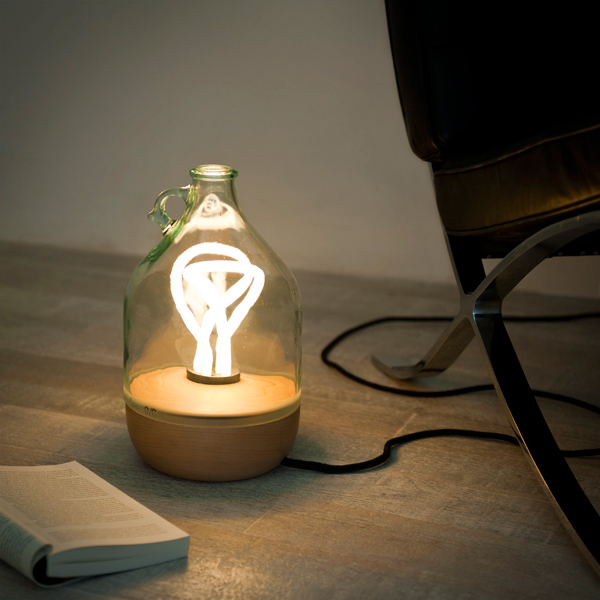 Dama Lamp by Tom Allen.