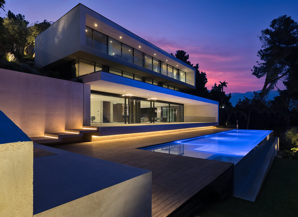 """Villa Voltor II, <span STYLE=""""font-weight: normal"""">2018</span>"""
