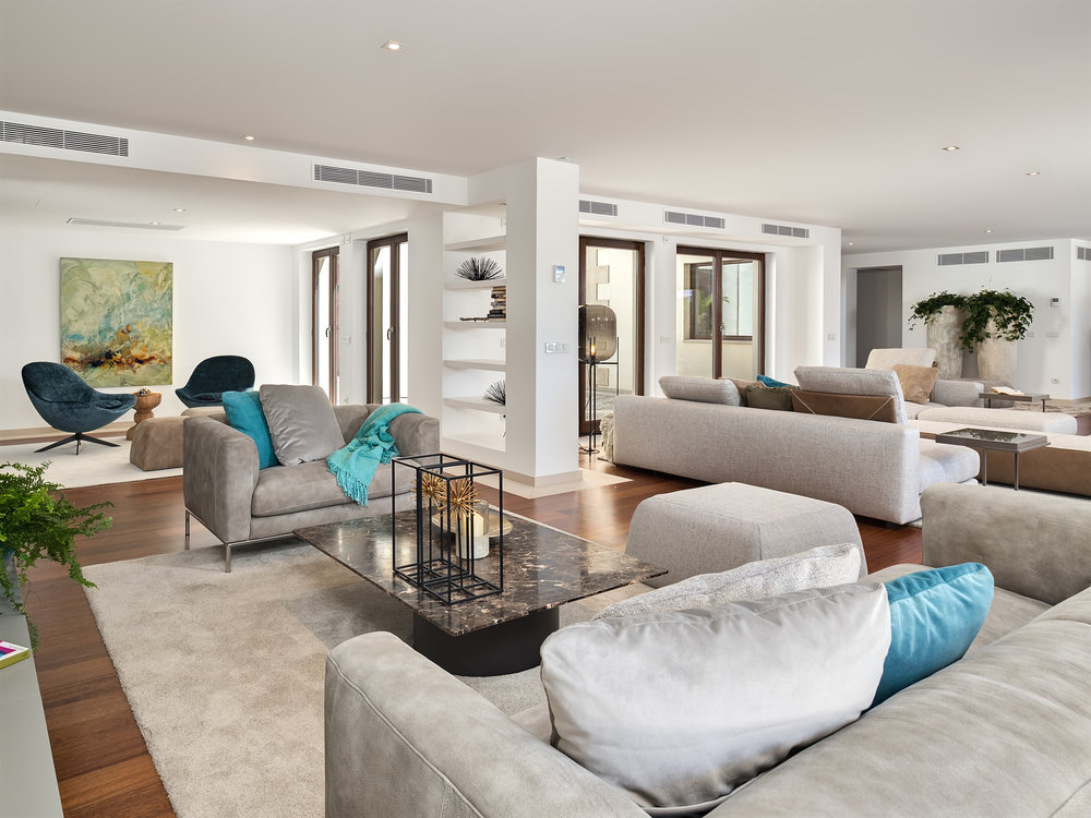 """Golf Villa II, <span STYLE=""""font-weight: normal"""">2017</span>"""