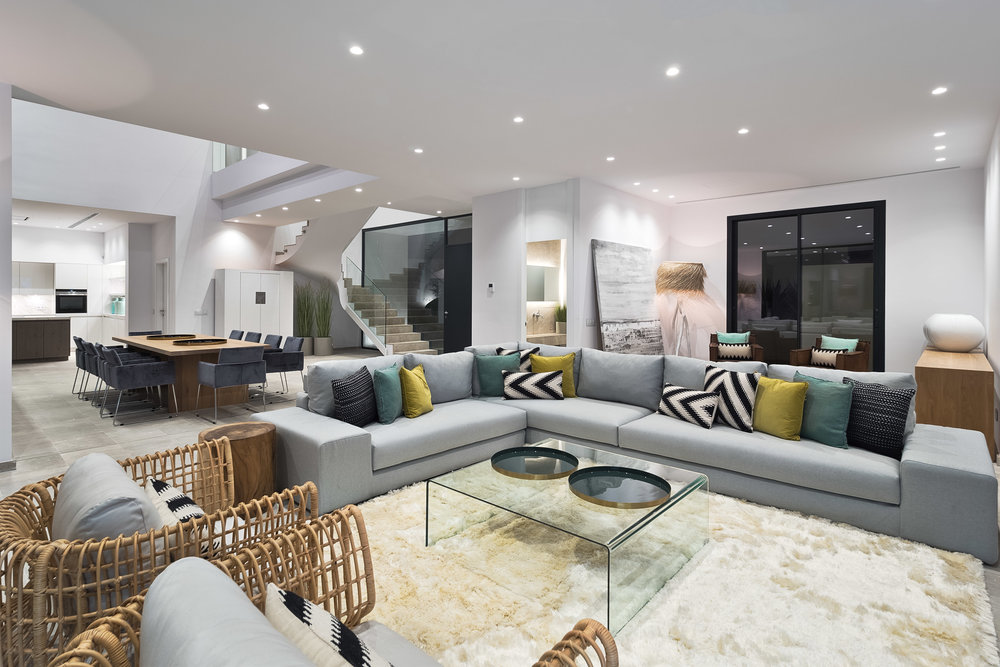 """Contemporary Villa, <span STYLE=""""font-weight: normal"""">2018</span>"""
