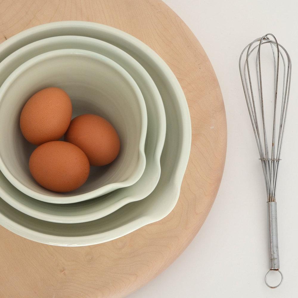 fleen-porcelain-pouring-bowls.jpg