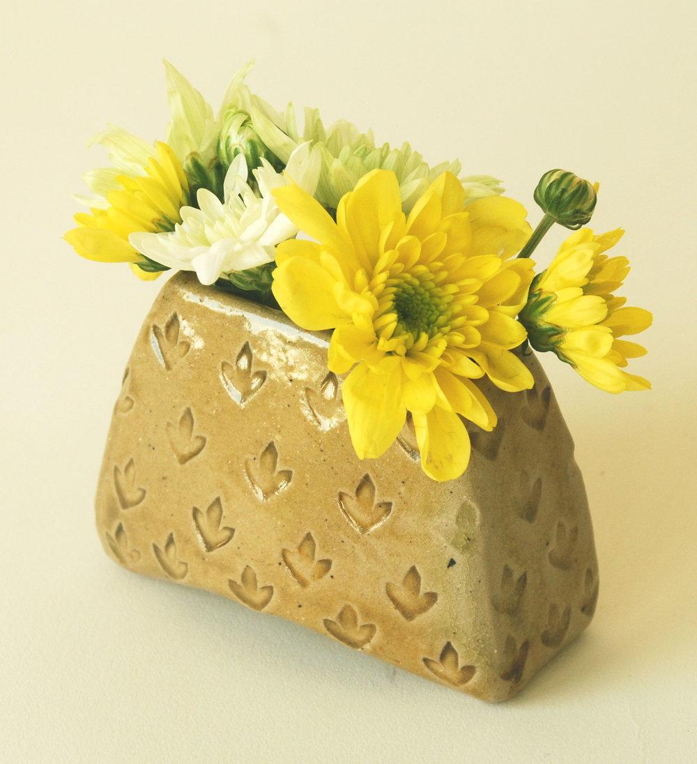 fleen-vase-small18d.JPG