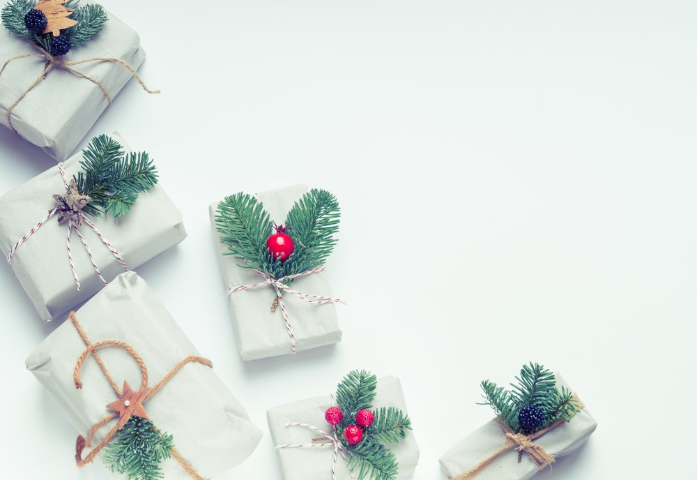 bow-boxes-christmas-744969.jpg