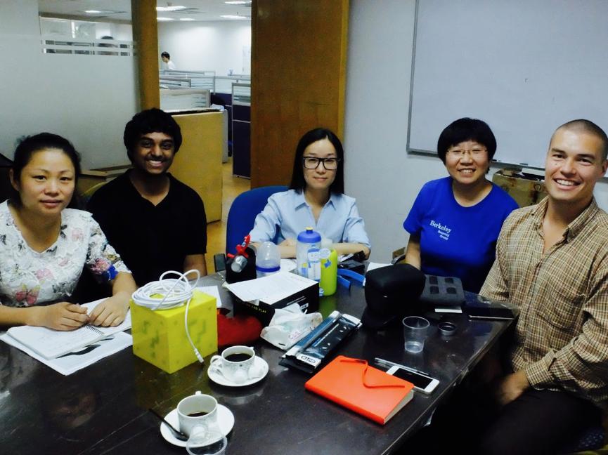 Første møte med prosjektlederen og ingeniørene hos kvalitetskontrolløren vår