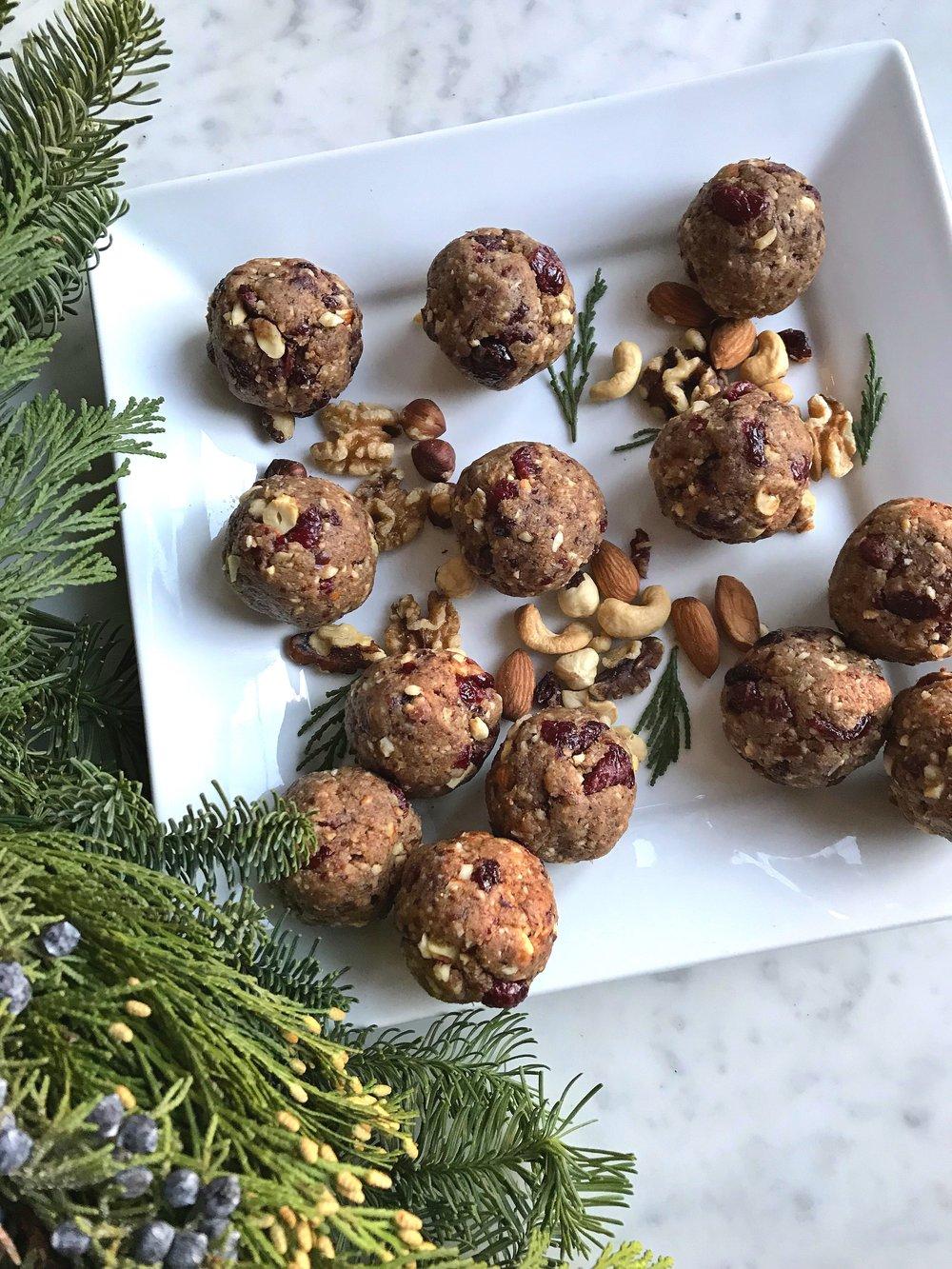 BETTER-THAN-CHRISTMAS-CAKE-PROTEIN-BALLS.jpg
