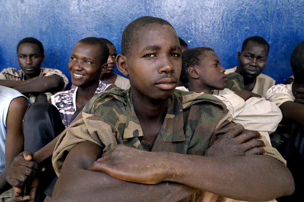 060 Enfant Soldat_122NOY.jpg