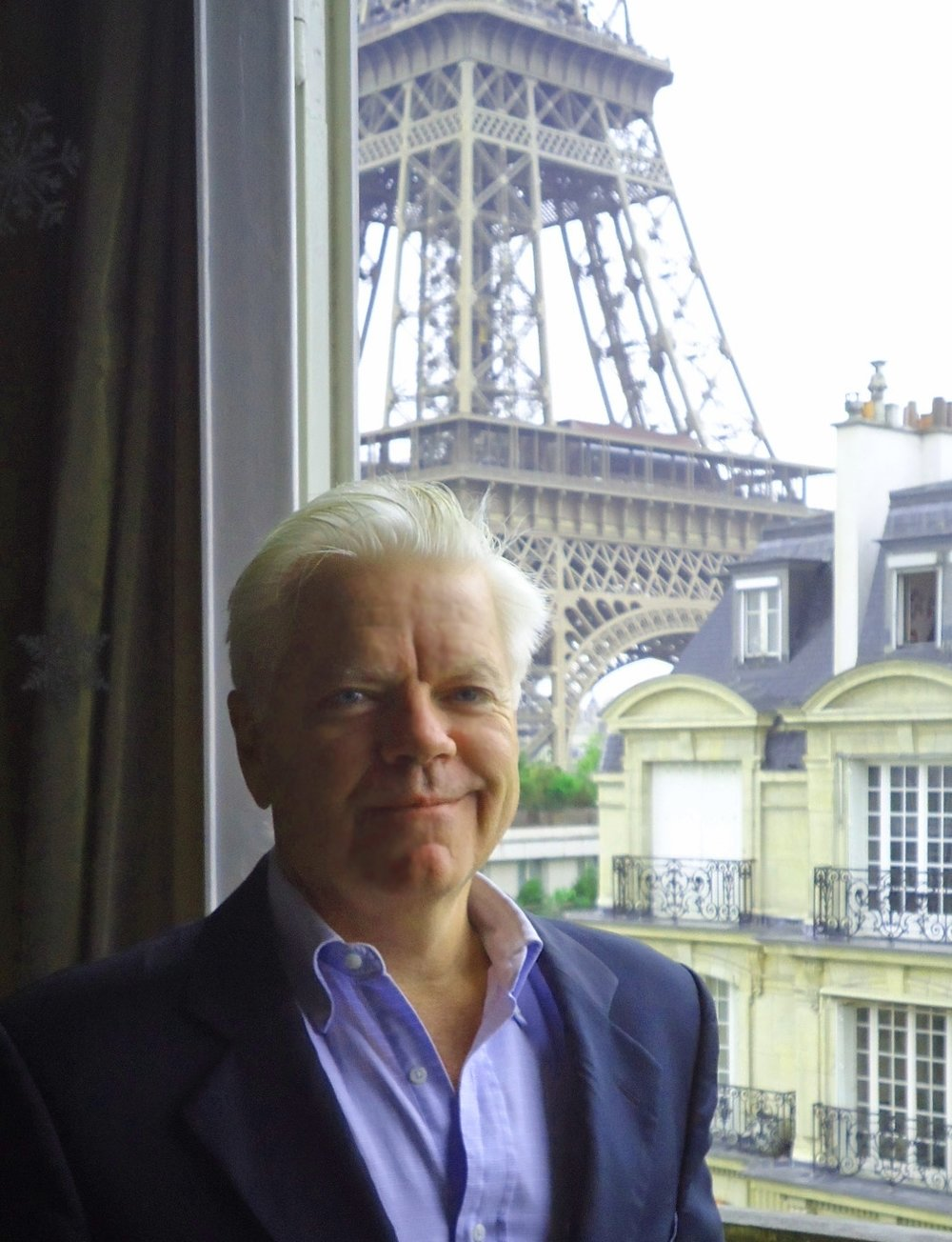 Managing Member: Franklin Craig Franklin Craig worked for 30 years in the investment banking world in Paris and London concentrating in the natural resources and hotel sectors. Mr. Craig has invested in and also managed several real estate syndicate investments in the US and in France for over 20 years. Since 2008, Mr. Craig has personally invested in the Detroit real estate market and helped organize Brick Home Management, LLC of Detroit. Mr. Craig is an investor and the Managing Member of 5 of the 6 LLCs which have been set up and managed by Brick Home Management. Mr. Craig deals with fundraising and investor relations as well as monitoring the LLC accounting and tax compliance.