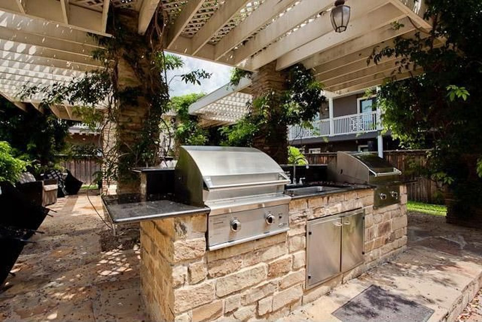 Tuscany 8 Outdoor Kitchen.jpg
