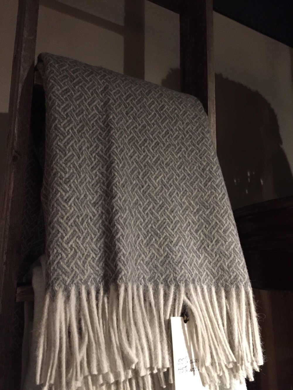 Throw Cambridge , 55% alpaca 45% wool, 55x78 inc, Charcoal and Ivory