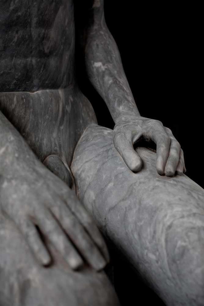 Alessandro-Lombardo-Figurative-Marble-Sculpture-10.jpg