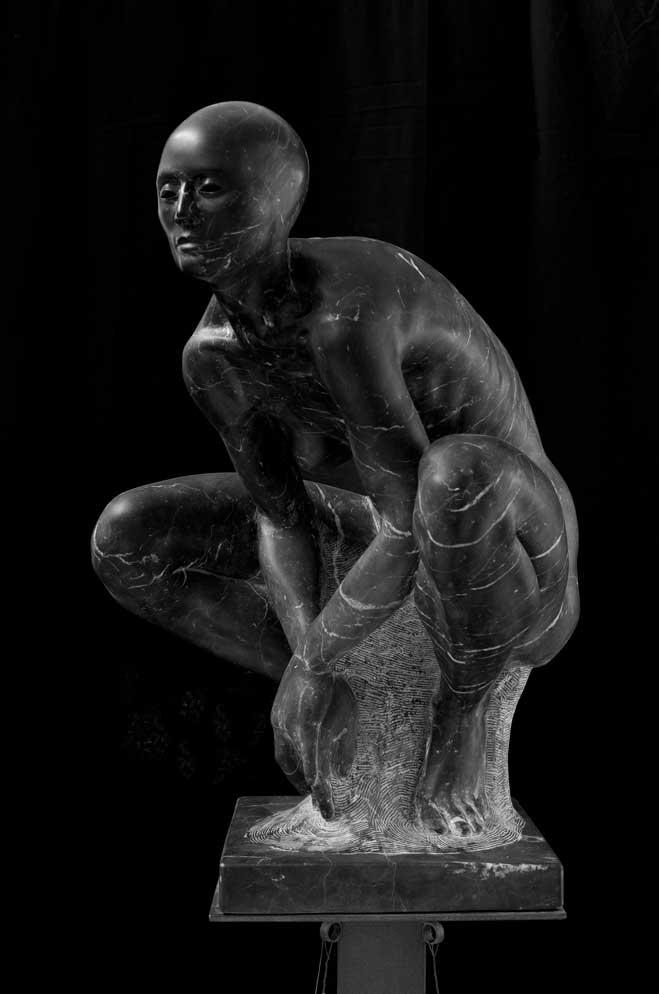 Alessandro-Lombardo-Figurative-Marble-Sculpture-2.jpg