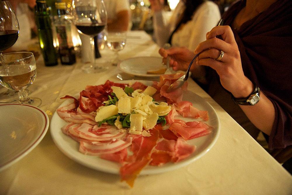 Tuscany-Study-Tuscan-Antipasto-Dinner.jpg