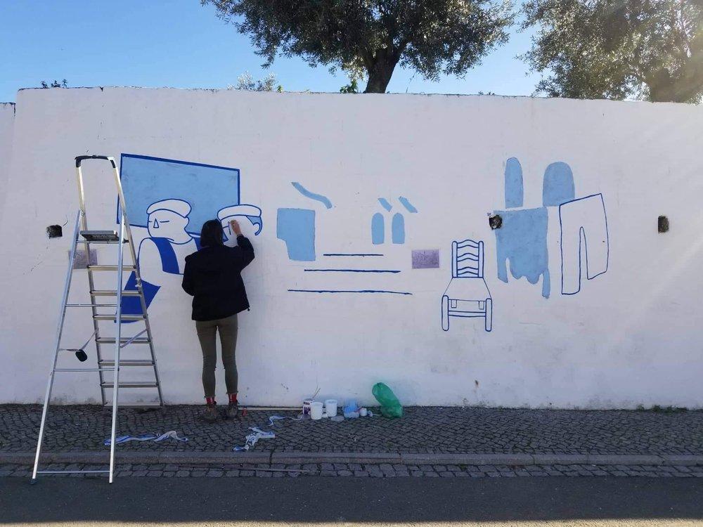 Painting mural in Messejana.jpg