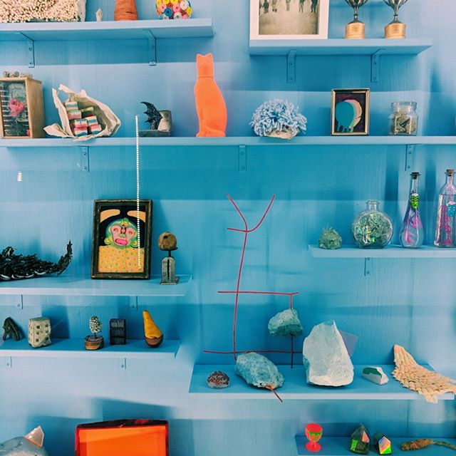 📸 Decor inspo taken at @meow__wolf's House of Eternal Return in Santa Fe ⠀⠀⠀⠀⠀⠀⠀⠀⠀ ⠀⠀⠀⠀⠀⠀⠀⠀⠀ ⠀⠀⠀⠀⠀⠀⠀⠀⠀ ⠀⠀⠀⠀⠀⠀⠀⠀⠀ ➖⠀⠀⠀⠀⠀⠀⠀⠀⠀ ⠀⠀⠀⠀⠀⠀⠀⠀⠀ #santafenm #santafenewmexico #newmexicotrue #landofenchantment #travelholic #traveldeeper #welltraveled #travelwithme #travelinspiration #traveljunkie #travelbloggers #travellovers #timeoutsociety #athomeintheworld #traveling #theculturetrip #womenwhotravel #traveltagged #travelingartist #authentictravel #travelpaintrepeat