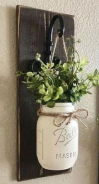 hanging mason jar vase.jpg