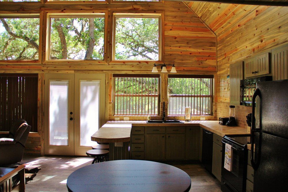 Blanco Cabin - Kitchen