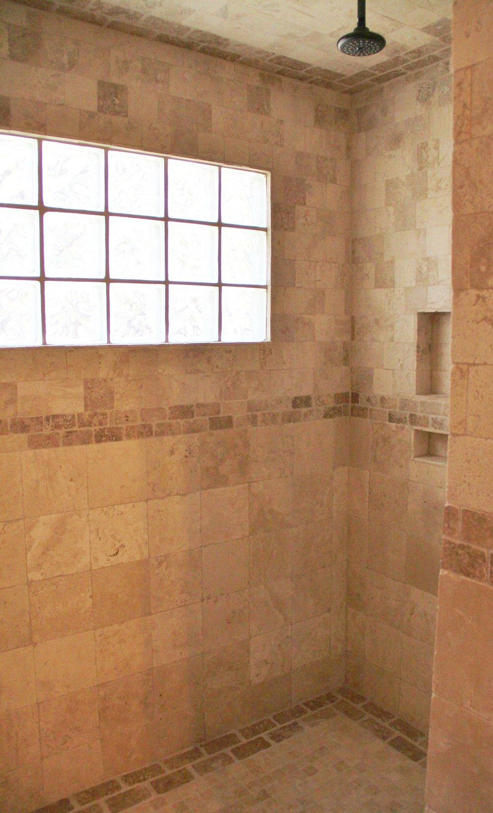 Llano Cabin - Shower