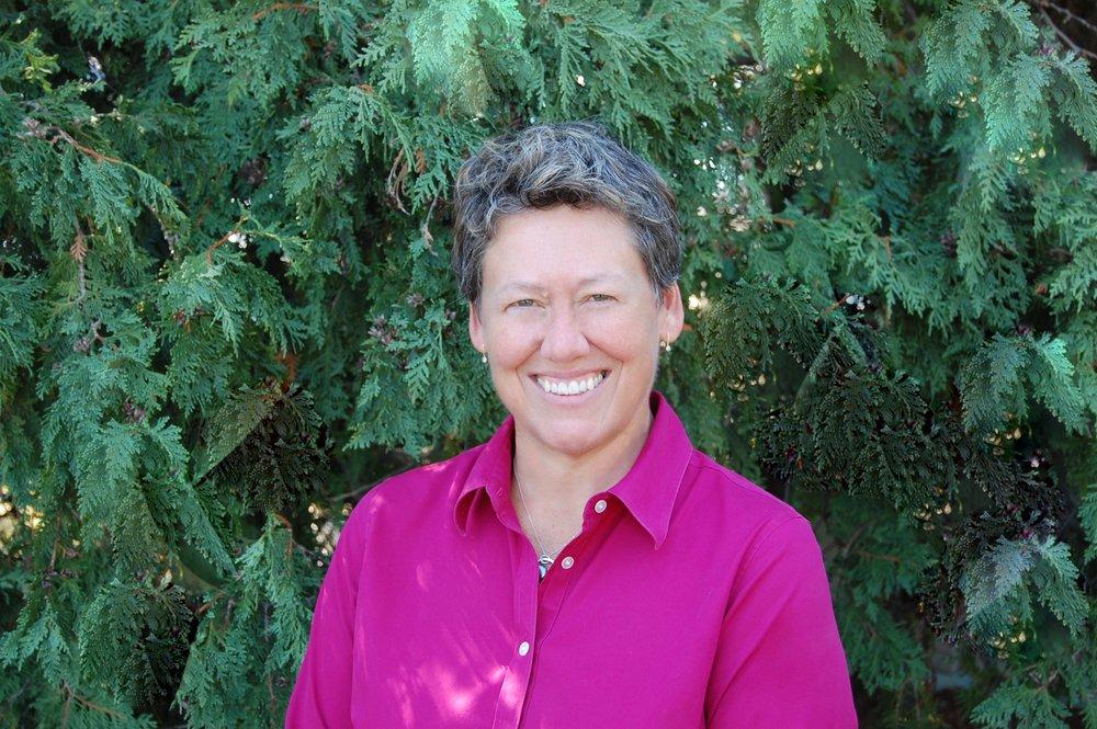 Dr. Tiffany Renaud