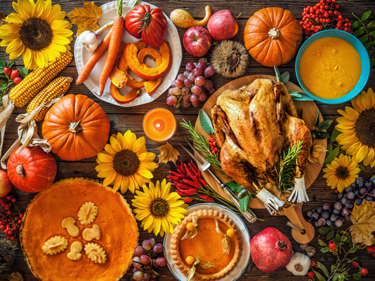 The average adult consumes 3,000 calories with 229 g of fat in one Thanksgiving meal. Furthermore, that number can be as high as 4,500 calories when the entire day's feasting is considered. This holiday season, remember to eat slowly, it takes 20 minutes for your brain to feel full. -