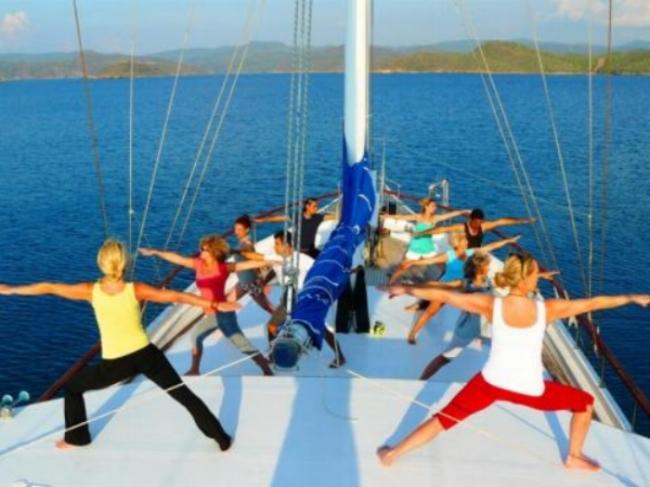 yogacruising.jpg