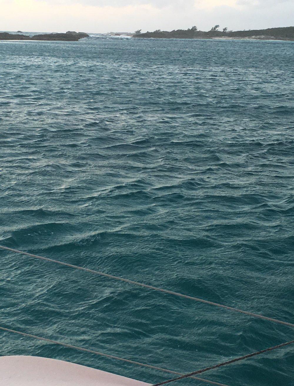 Wavelets near and spirit cay.jpg